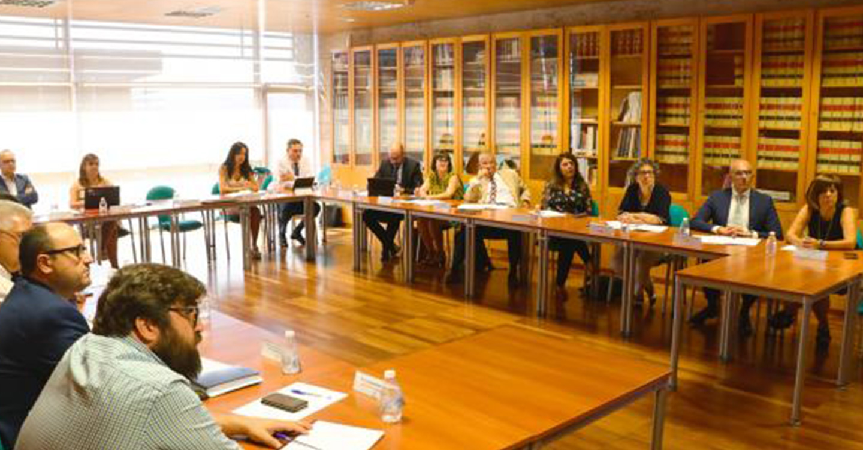 El Gobierno regional inicia las reuniones para la creación de un plan de formación destinado a los equipos directivos y mandos intermedios de la Sanidad de Castilla-La Mancha