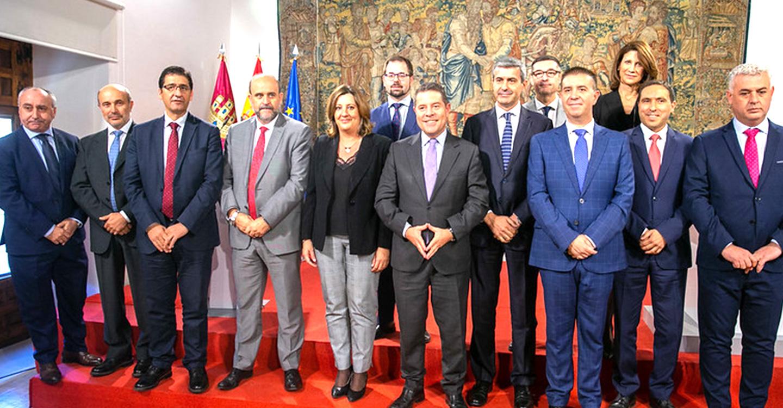 El Gobierno regional y las cinco diputaciones provinciales firman los convenios para la financiación del Plan de Empleo 2019