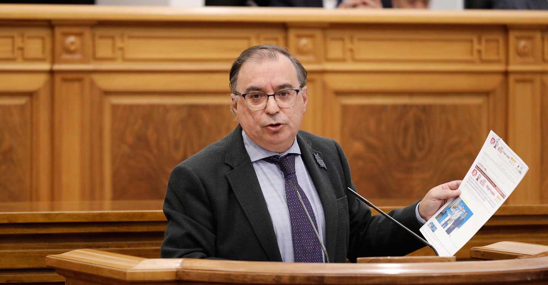 El PSOE insta a PP y CS a facilitar con su abstención la formación de un gobierno en España en la próxima sesión de investidura