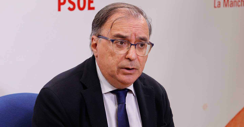 """Mora destaca que el PSOE es un partido """"municipalista"""" y reivindica usar el superávit"""