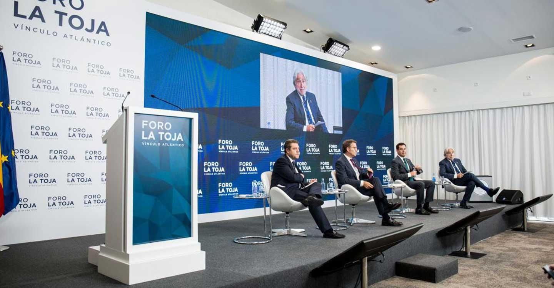 """García-Page defiende la legitimación de las autonomías """"en el ejercicio práctico de los servicios públicos básicos"""""""
