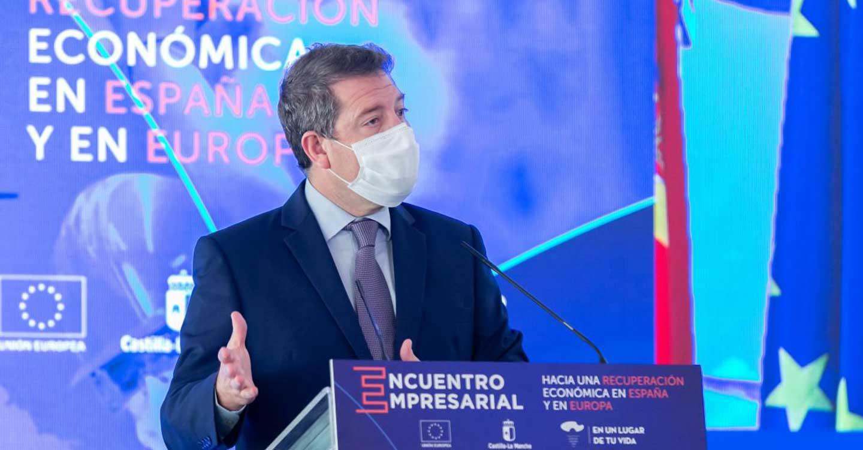 """García-Page plantea a los empresarios un """"contrato institucional"""" para aprovechar los fondos europeos con la perspectiva de """"dos generaciones"""""""