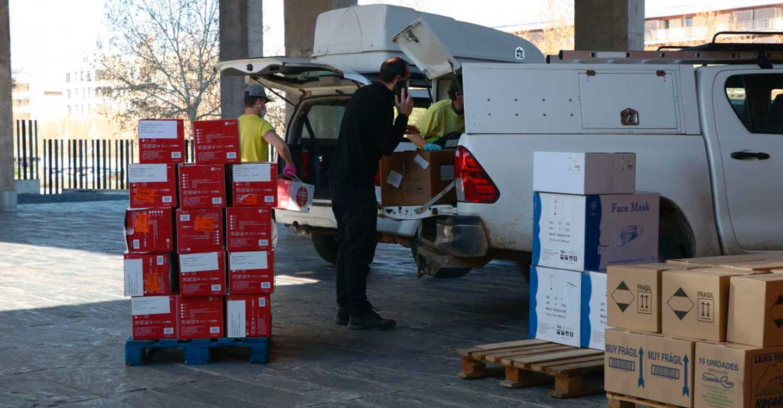 El Gobierno de Castilla-La Mancha realiza un nuevo envío de equipos de protección para los profesionales sanitarios con más de 374.000 artículos