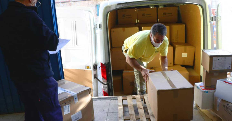 El Gobierno de Castilla-La Mancha ha distribuido 32 millones de artículos de protección para profesionales sanitarios desde el inicio de la pandemia