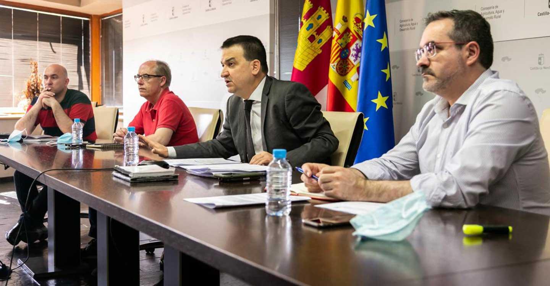 """El Gobierno regional aboga por defender la posición regional en materia de agua de manera conjunta """"con todos detrás"""", tejido social y partidos políticos"""