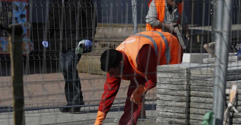 IU CLM reivindica la iniciativa del Gobierno que supone el cese de toda actividad no esencial