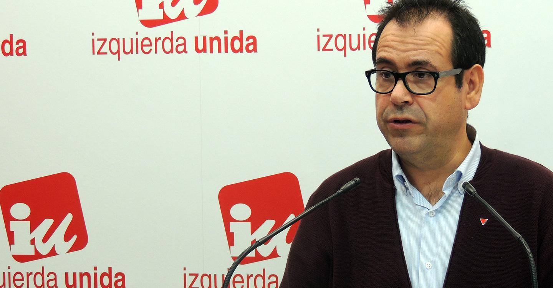"""IU pide al PSOE que explique cómo puede autocalificarse """"marca registrada de lo público"""" y luego privatizar igual que Cospedal"""