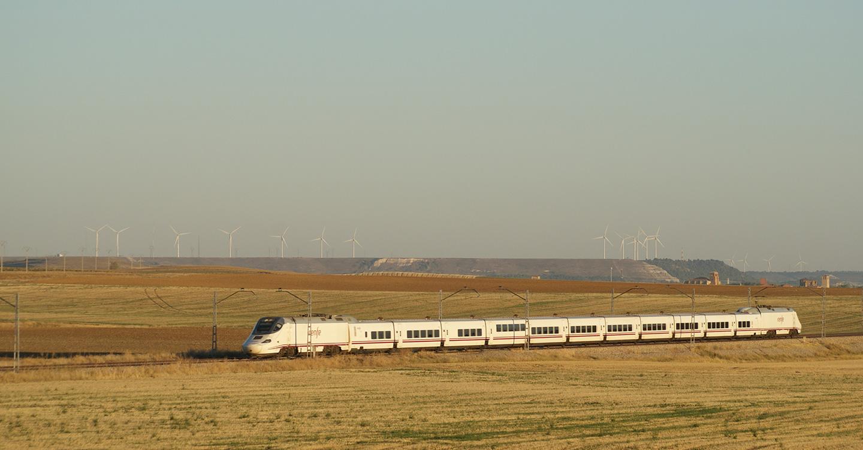 """Izquierda Unida exige al Gobierno una """"apuesta real"""" por el tren convencional"""