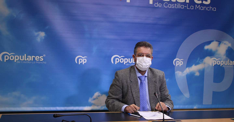 Moreno denuncia que Castilla-La Mancha es la decimocuarta comunidad autónoma que menos PCR realiza de toda España
