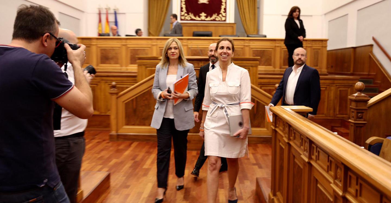 Las Cortes aprueban la declaración institucional de apoyo a las Fuerzas y Cuerpos de Seguridad del Estado que propuso Cs