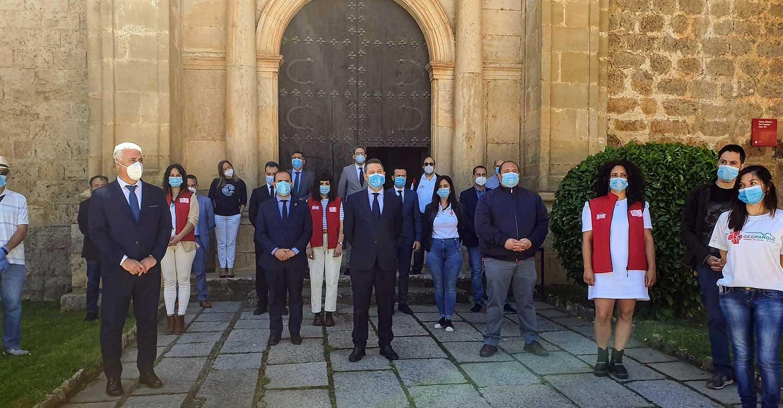 Las Cortes regionales se suman al minuto de silencio en el último día de luto oficial por las víctimas del coronavirus