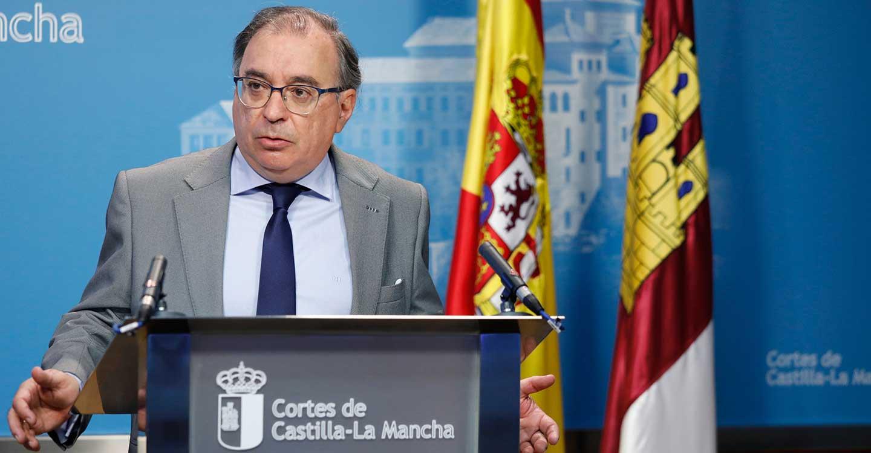 Mora destaca que la ley de proyectos prioritarios impulsará la economía de CLM y pide apoyo al PP