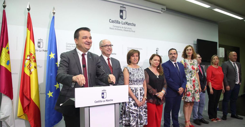 Martínez Arroyo marca los cuatro objetivos de su Consejería para esta legislatura: el agua, la PAC, el Programa de Desarrollo Rural y la alimentación