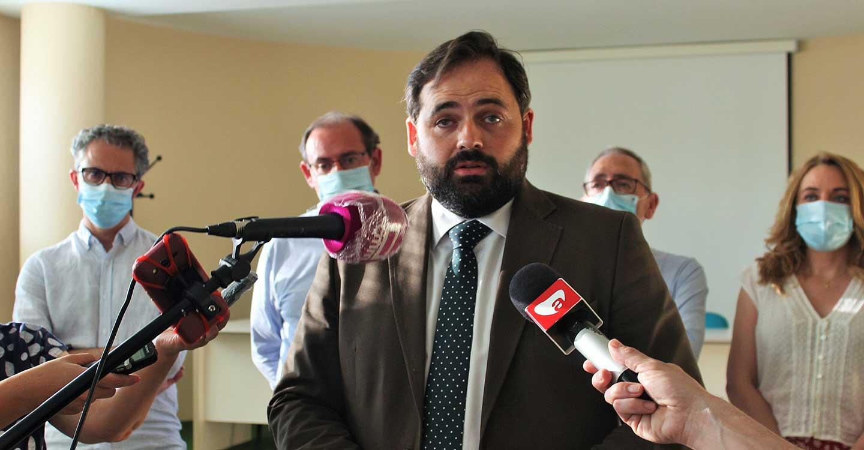 Núñez lamenta que Page dirija su gobierno pensando en planes a diez años cuando lo que necesita Castilla-La Mancha hoy es mantener negocios y empleos