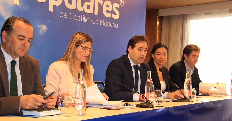 Núñez reclama a Page que acepte un debate electoral donde confrontar las ideas para mejorar la vida de los castellanomanchegos entre los dos aspirantes que pueden presidir la Junta