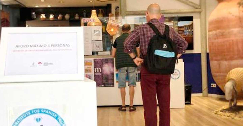 La Oficina de Promoción Turística de Castilla-La Mancha en Madrid obtiene el sello que certifica su seguridad frente al COVID-19