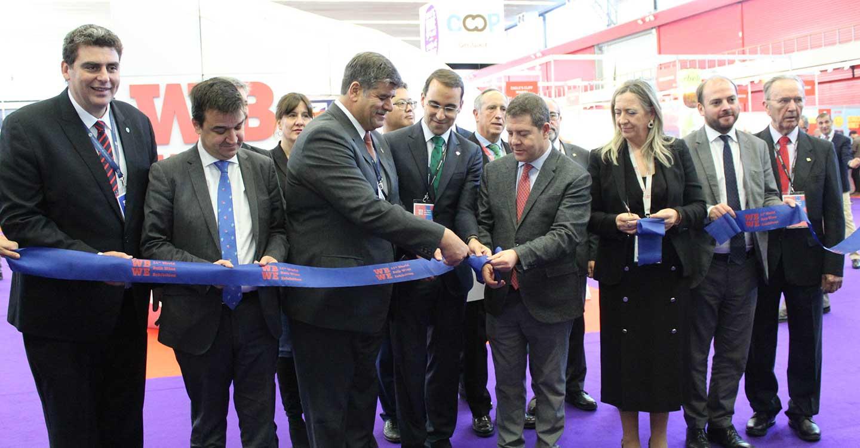 García-Page inaugura la 11ª edición de la WBWE, la feria donde se negocia más del 80% de la cosecha de vino a granel del mundo