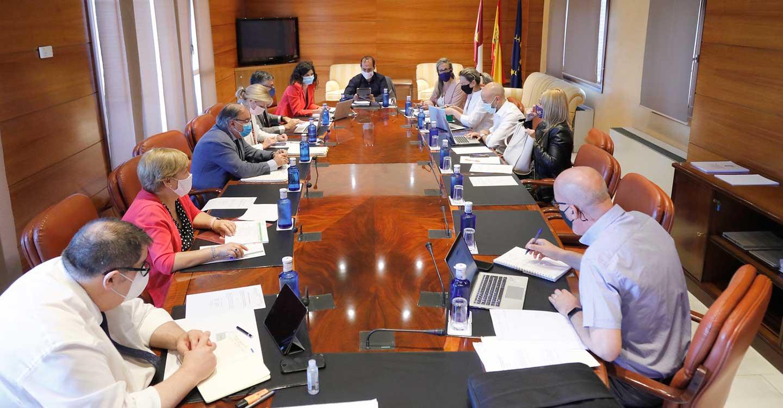 A Pleno en las Cortes de Castilla-La Mancha el acuerdo para una reforma más amplia del Reglamento sobre intervenciones y votaciones telemáticas
