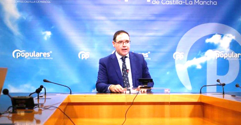 El PP-CLM lamenta que Page no haya estado a la altura de las circunstancias al excluir al principal partido de la oposición en el Día de la Región