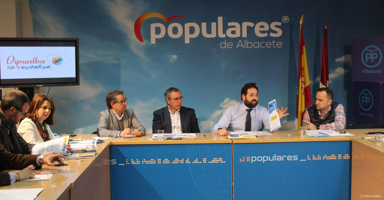 Núñez propone luchar contra la despoblación en la región con proyectos de formación y acompañamiento en materia de agricultura y hostelería de la mano de las diputaciones