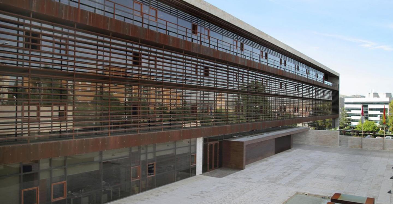 Castilla-La Mancha prohíbe la venta de bebidas alcohólicas a partir de las 22 horas con excepción de los establecimientos dedicados a hostelería y restauración
