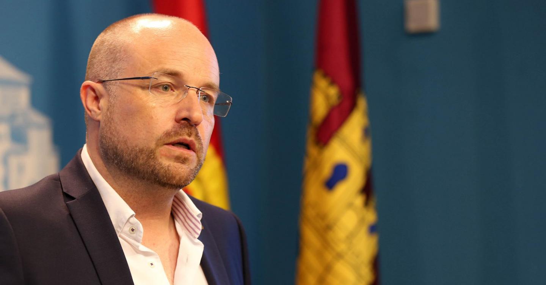"""Ruiz: """"Desde que apareció Sánchez en política no hacemos más que ir de elecciones en elecciones"""""""
