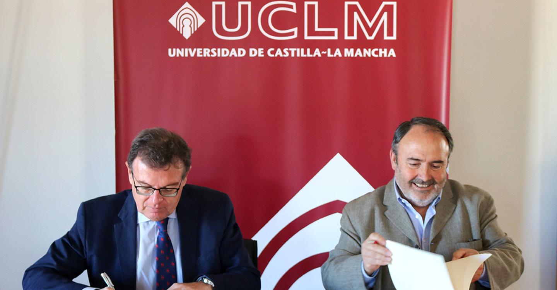 UGT CLM y la UCLM firman un convenio de colaboración para que trabajadores, estudiantes y docentes compartan experiencias del mundo laboral