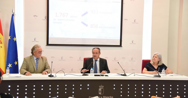 Un total de 61.667 aspirantes, el 70 por ciento mujeres, y nueve de cada diez residentes en la región, optarán a las 1.767 plazas de Administración General