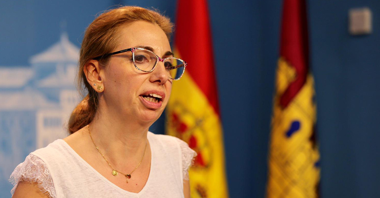 """Úrsula López: """"Los castellanomanchegos llevamos perdiendo calidad en nuestros servicios sociales más de una década por que PP y PSOE se han enzarzado en el y tu más, en lugar, de dar soluciones"""""""