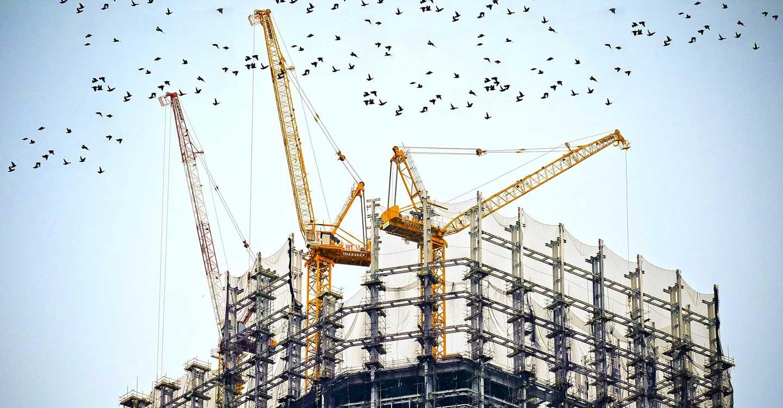 La Construcción en CLM tras un año de pandemia: actividad y negociación colectiva, empleo y salarios